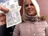 Public   Agent  v  českých  ulicích  aneb rychlý prachy pro sympatickou blondýnku Lucy
