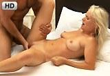 George Uhl píchá s krásnou blonďatou maminou – HD porno