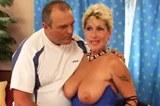 Česká kozatá panička Milada s nevyholenou kundičkou